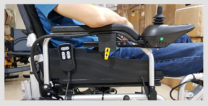 Xe lăn điện tự động thế hệ mới ngả nằm (Vành đúc) TM036D 7