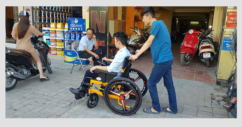 Xe lăn điện thông minh chống lật ngược dành cho người khuyết tật TM057 6