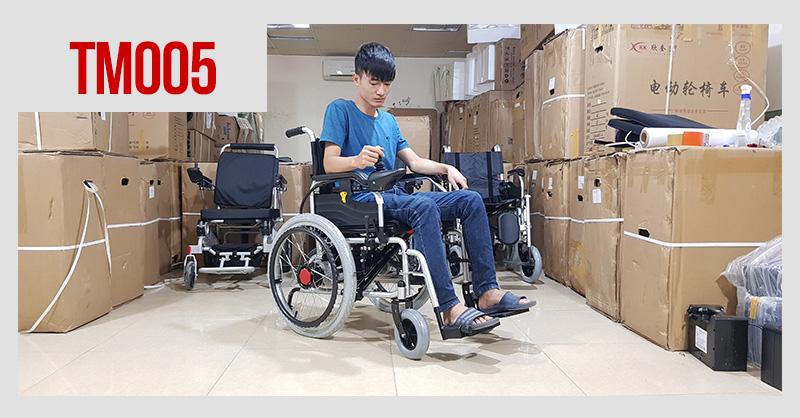 Xe điện 4 bánh TM005 hỗ trợ người già chân yếu di chuyển 1