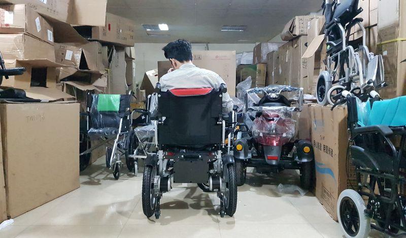 Xe lăn điện cao cấp dùng để phục hổi chức năng cho người già người khuyết tật TM095 8