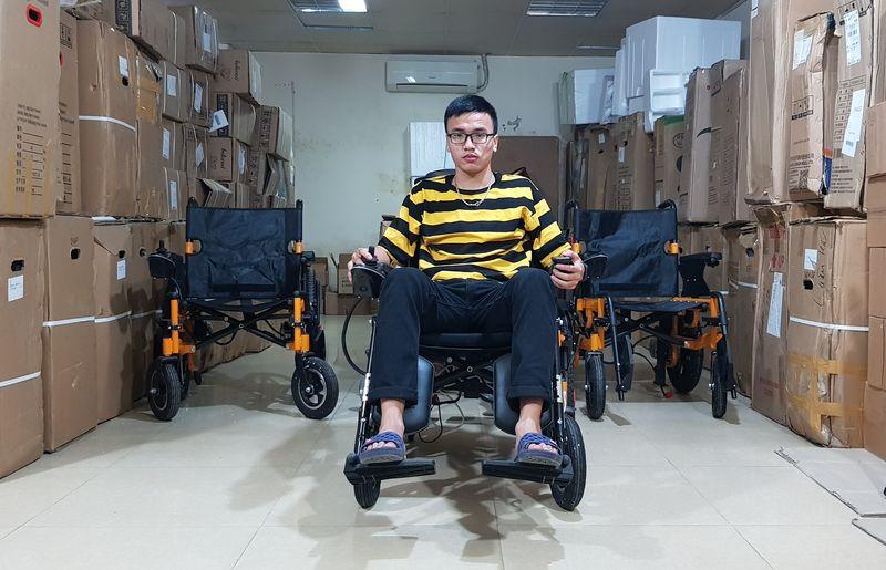 Xe lăn điện đa năng có thể nằm được và gấp được phong cách hiện đại TM083 2