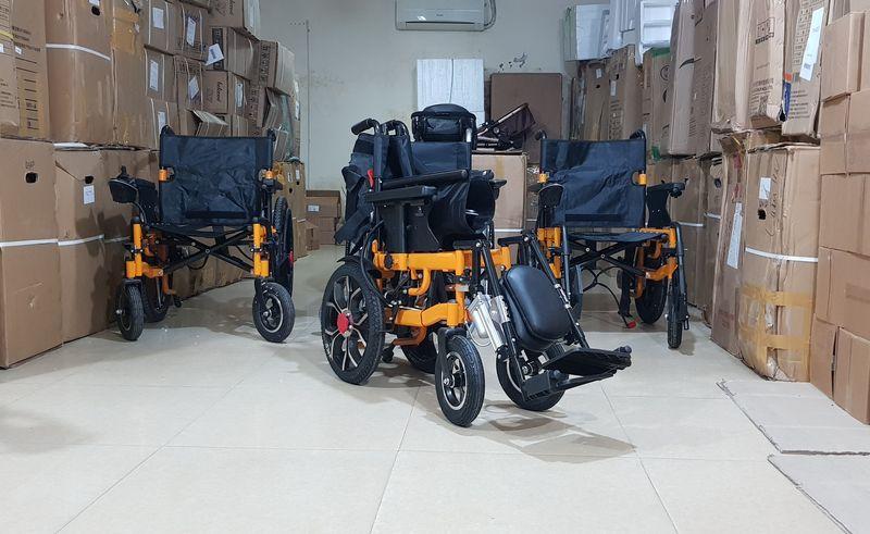 Xe lăn điện đa năng có thể nằm được và gấp được phong cách hiện đại TM083 4
