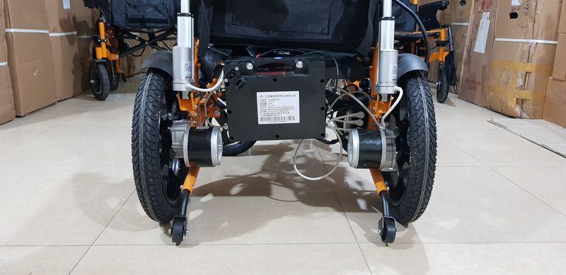 Xe lăn điện đa năng có thể nằm được và gấp được phong cách hiện đại TM083 8